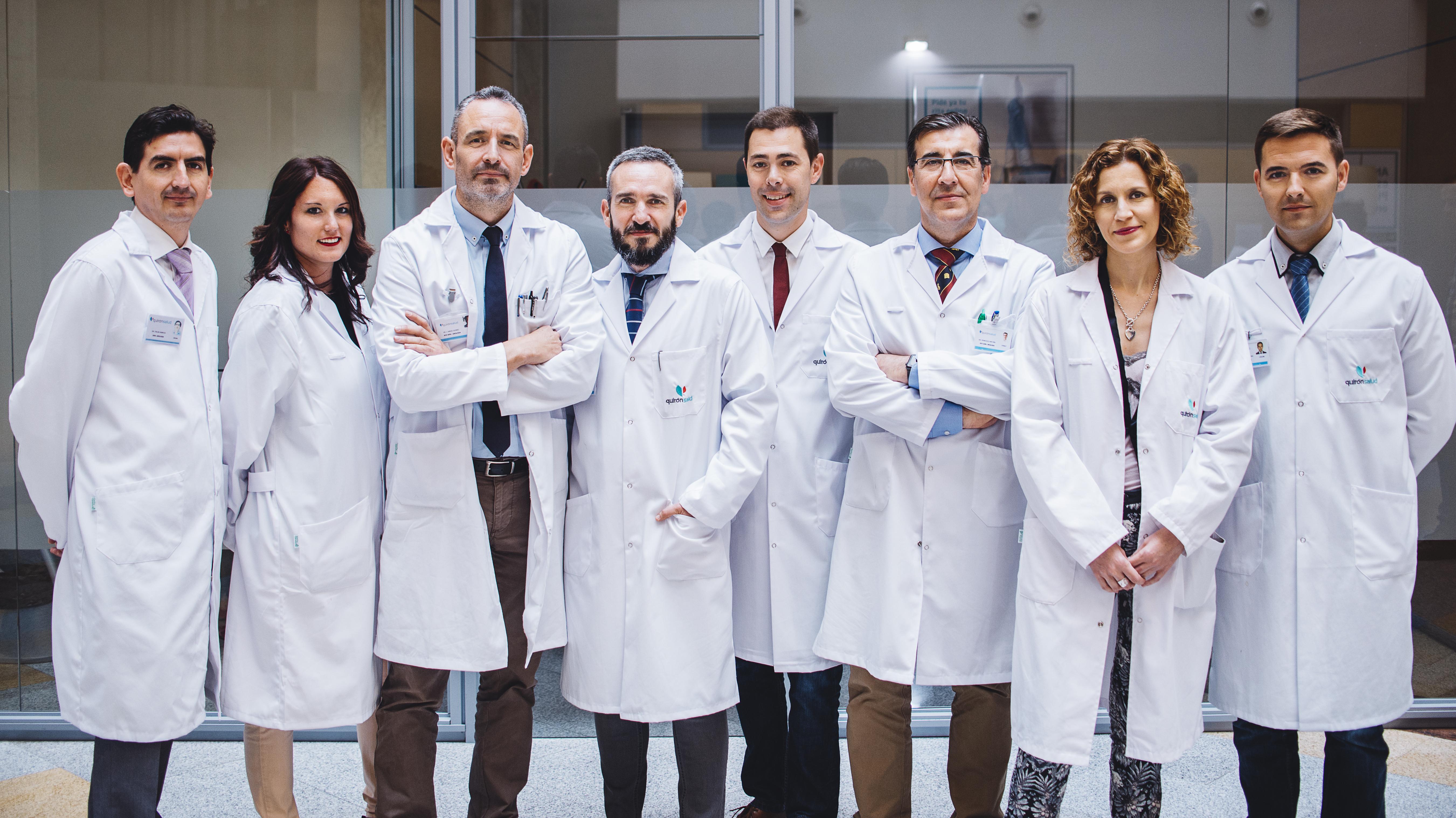Equipo de urólogos del Hospital Quirón Málaga