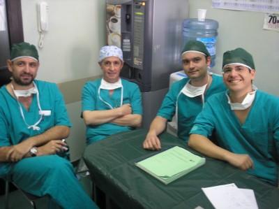 Dr.Gómez Pascual y equipo