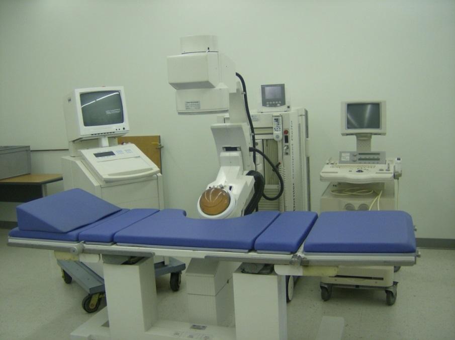 Litotriptor Dornier Delta utilizado actualmente para el tratamiento de las litiasis